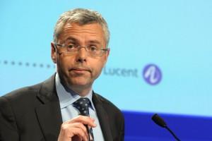Alcatel: 13,6 mln al manager e 900 posti tagliati in Italia