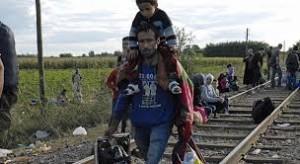 Vienna invia esercito a confine. Navi antiscafisti a ottobre