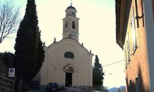Parroco di Onzo (Savona): Qui no profughi, brucio canonica