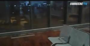 Aeroporto Orio al Serio, copertura non regge: piove nei gate