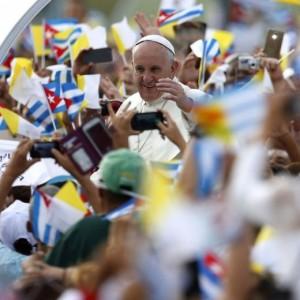"Papa Francesco a 500mila cubani: ""Non si servono ideologie"""
