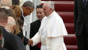 """Francesco alla Casa Bianca, Obama: """"Lei Papa della speranza"""""""