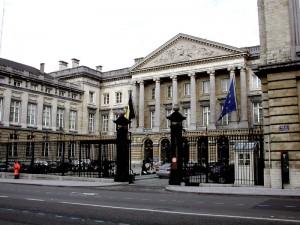 Belgio, allarme bomba: evacuato Parlamento