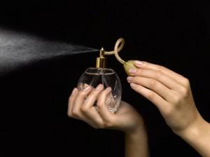 Il profumo di chi ami? Si può fare: 560 euro a boccetta