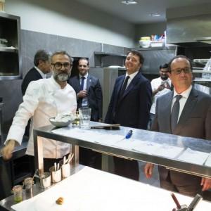 Renzi-Hollande da Bottura a Modena. Alluvionati invece...