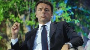"""Imu e Tasi, Renzi a sindaci: """"Vi ridaremo quel che tagliamo"""""""