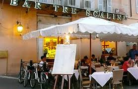 """Roma, operaio muore folgorato al ristorante """"I tre scalini"""""""