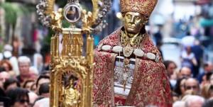 Miracolo di San Gennaro, il sangue si è sciolto