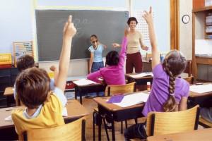 """In una scuola di Roma corso per """"educare alle differenze"""". Con il patrocinio del Comune. I genitori protestano"""