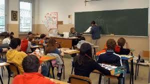 """Scuola, prof precario """"deportato"""" da Modena a Salerno"""