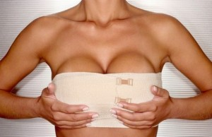 Padova: nomadi si rifanno il seno ma non pagano il chirurgo