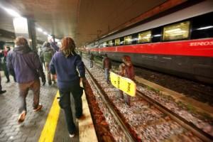 Roma, ragazza investita da treno a Termini: era sui binari