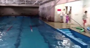 VIDE YOUTUBE - Terremoto Cile, piscina trema in Argentina