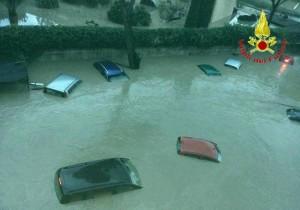 Benevento, maltempo e danni: Calore esonda (foto Ansa)