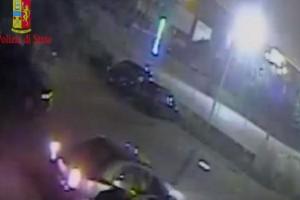Catania, poliziotto sventa rapina a negozio