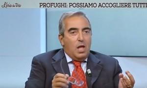"""Maurizio Gasparri: """"Renzi ha finanziato scafismo di Stato"""""""
