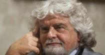"""Grillo: """"Italia in  guerra. Dov'è  Mattarella...""""  Lui gli risponde"""