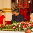 Kate Middleton in rosso: gioielli e diadema famiglia reale4