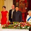 Kate Middleton in rosso: gioielli e diadema famiglia reale9