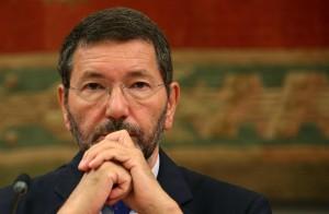 """Marino: """"Non tratto"""". Dimissioni in massa consiglieri Pd?"""