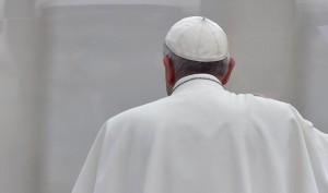 """""""Papa Francesco è malato"""". Vaticano nega, ma Qn conferma.."""