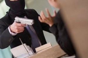 Roma, rapina in banca: il ladro è l'ex direttore licenziato