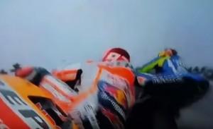 Il contatto tra Valentino Rossi e Marc Marquez