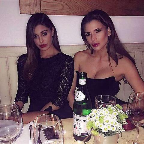 """Belen Rodriguez e Claudia Galanti """"imbalsamate""""... per il web"""