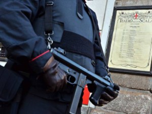 Manuale dei jihadisti in Italia: armi, bersagli, look...
