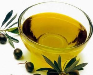 Falso olio extravergine, pm: non solo frode in commercio