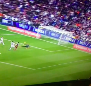 Real Madrid-Barcellona 0-4 VIDEO GOL HIGHLIGHTS: Suarez show
