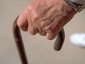 Catania. Prosciugava conti anziani incapaci in casa di cura