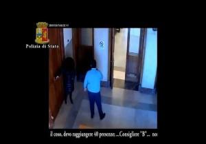 YOUTUBE-Consiglieri Messina assenteisti: gettone sì, aula no