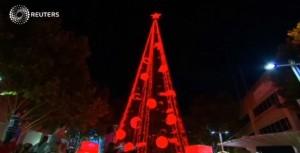 Albero Natale con 518mila luci: è record