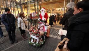 Natale, quest'anno si compra. Fiducia consumatori al massimo