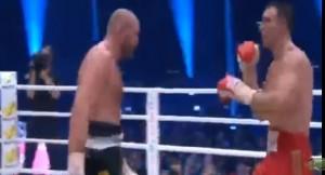 YOUTUBE Boxe, Tyson Fury vince e chiude l'era Klitschko