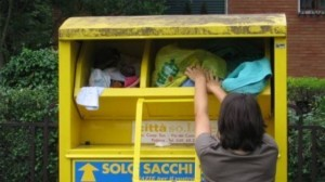 Mafia Capitale, cassonetti gialli via da Roma: era truffa...