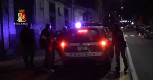 YOUTUBE Ambulanze e bare usate per traffico droga a Catania
