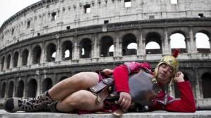 Roma centurioni e risciò: via da Colosseo eccoli a S. Pietro