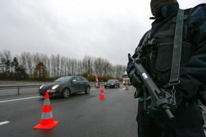 Attentati Parigi: due gli artificieri arrestati a Bruxelles