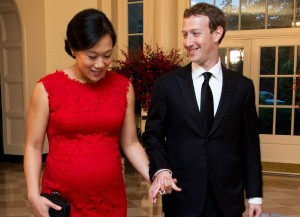 Facebook, 4 mesi di congedo parentale: anche per papà e gay