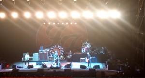 YOUTUBE Foo Fighters concerto Cesena: sul palco anche...