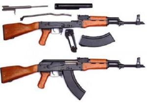 Roma, allarme in centro: fucili in auto...erano giocattoli