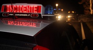 Brindisi, ubriaco al volante travolge 2 giovani: muore 18enne
