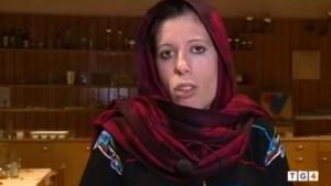 """Italiana islamica: """"Qui le donne vestite per farsi violentare..."""""""