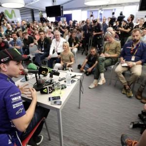 Jorge Lorenzo in conferenza stampa (foto Ansa)