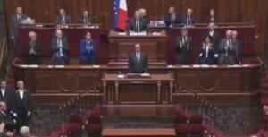 Youtube hollande in parlamento deputati cantano marsigliese for Il parlamento in seduta comune