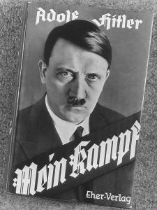 Hitler, Mein Kampf: 51% tedeschi è contrario al divieto