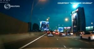 VIDEO Palla di fuoco verde nel cielo di Bangkok: meteora?