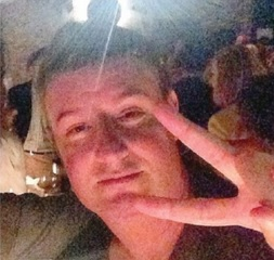 Parigi, incredibile realtà: salvato 5 volte, Germanwings...